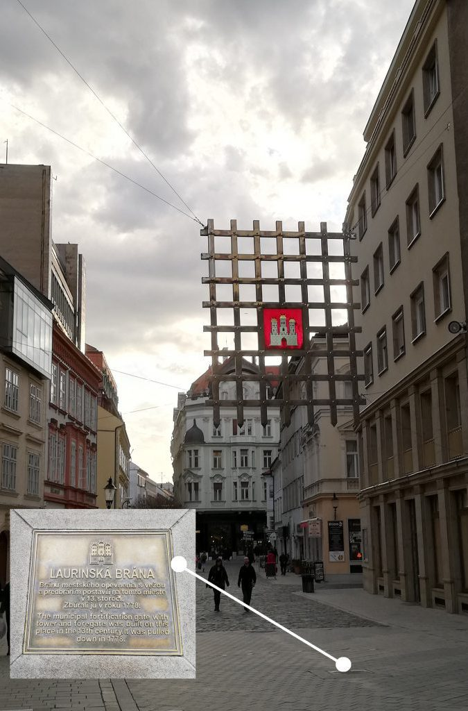 Laurinská brána (Laurinská street)
