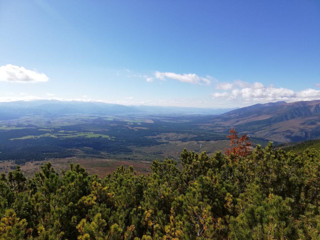 Hiking trail to Kriváň