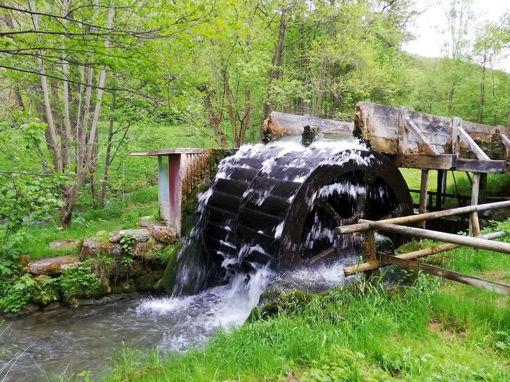 Waterwheel near Egloffstein (Franconian Switzerland)