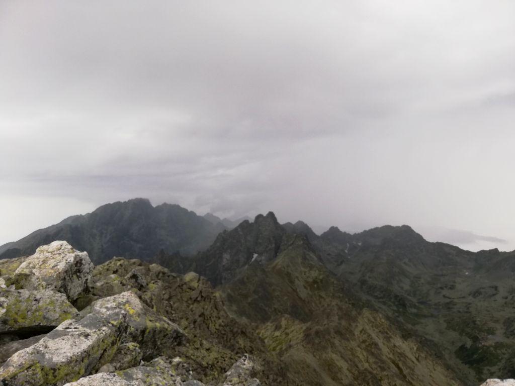 Slavkovský štít, peak (view eastwards)