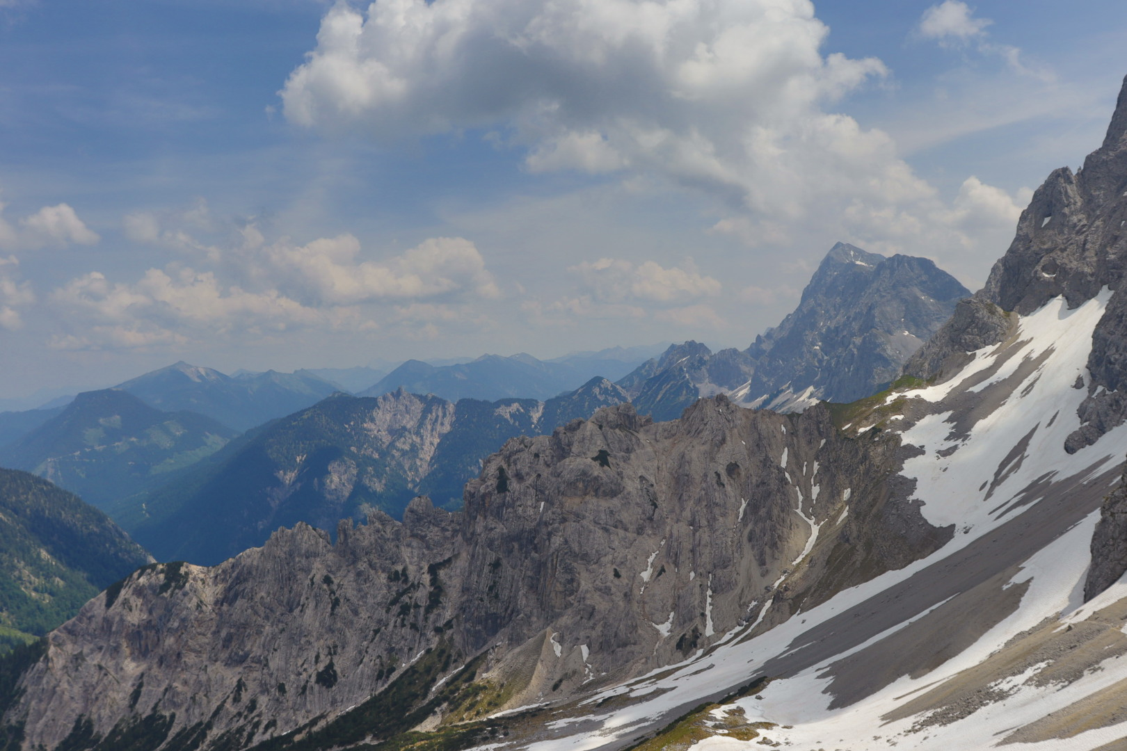 On the Wörner Sattel, view towards Tirol