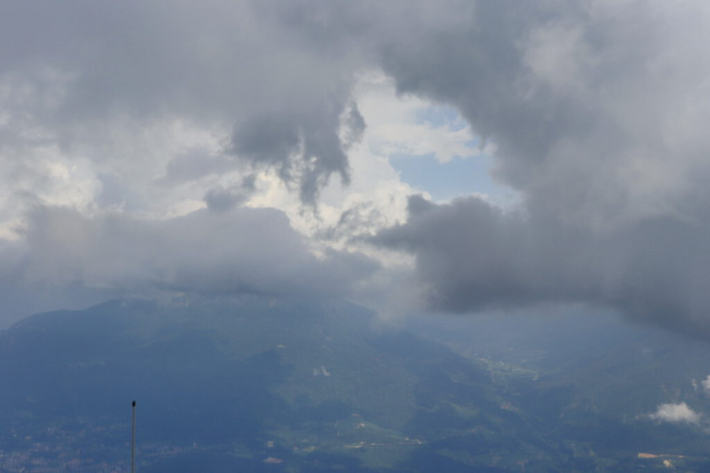 Il Palone (2096 meters) mere minutes before a thunderstorm struck, view eastwards